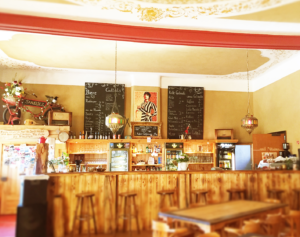 Saalekiez Bar