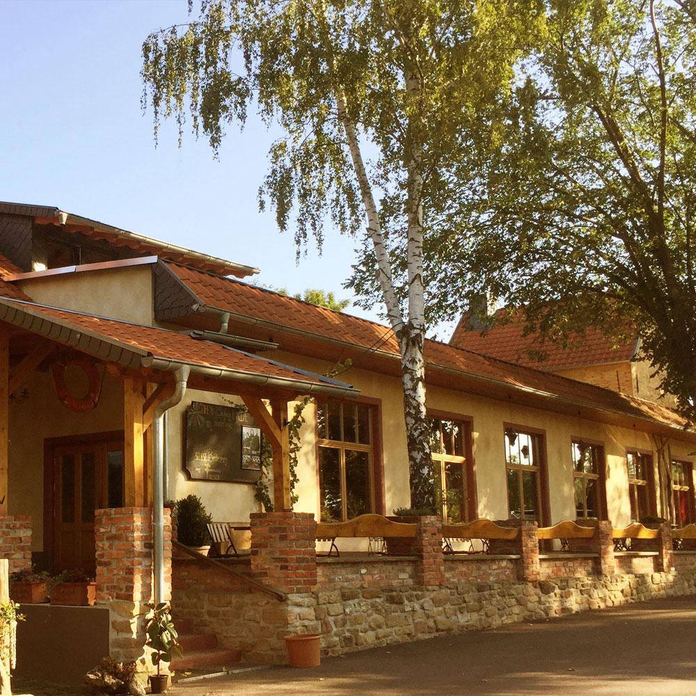 Café Saalekiez im Sommer